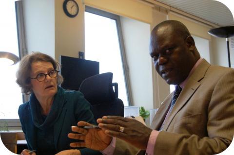 Le Centre Antipoisons reçoit le professeur Manyele de Tanzanie