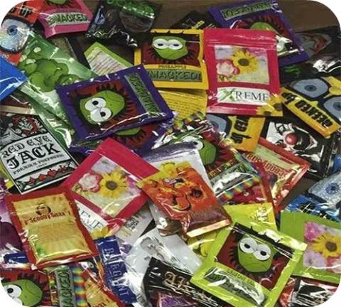 Ce sont de purs produits de laboratoire, de redoutables drogues de synthèse et, qui plus est, illégales.